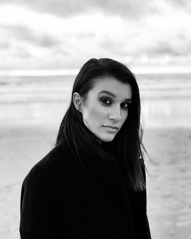 Boyfriend took my portrait on the beach this weekend. 🖤 📸 @sundhillon