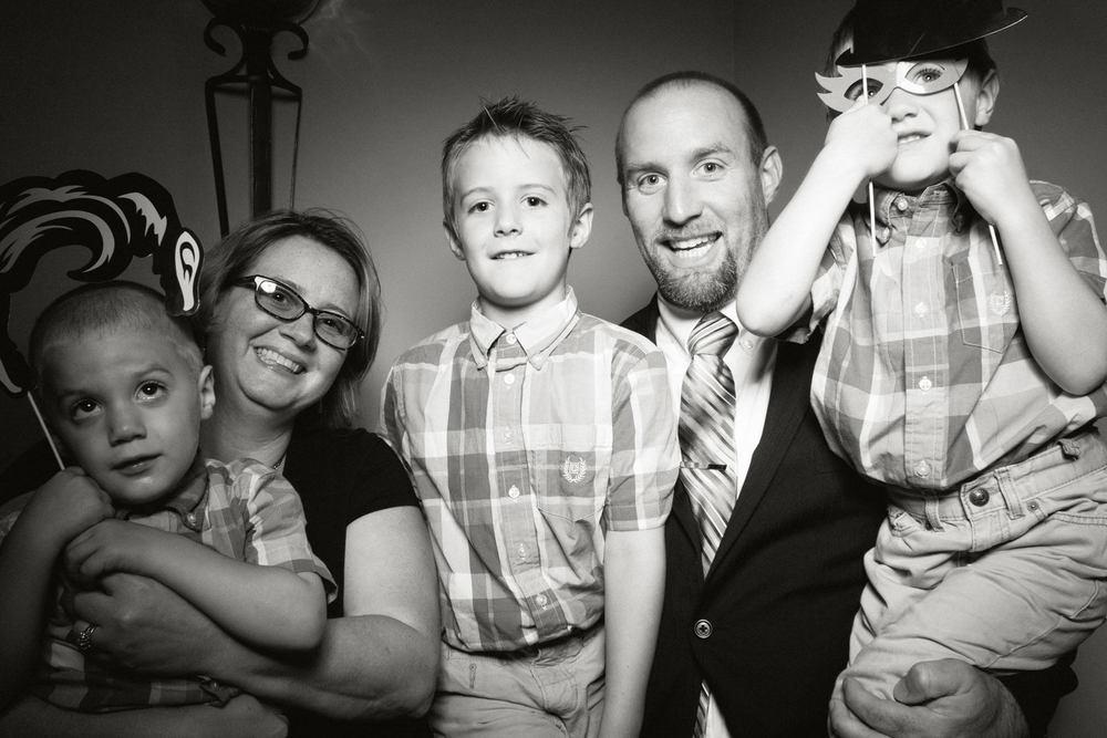 Shawn-Steff-Wedding-Photo-Booth-38.jpg
