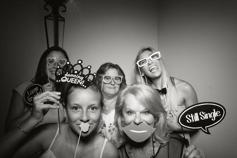Shawn-Steff-Wedding-Photo-Booth-50.jpg