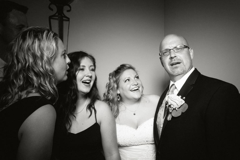 Shawn-Steff-Wedding-Photo-Booth-160.jpg
