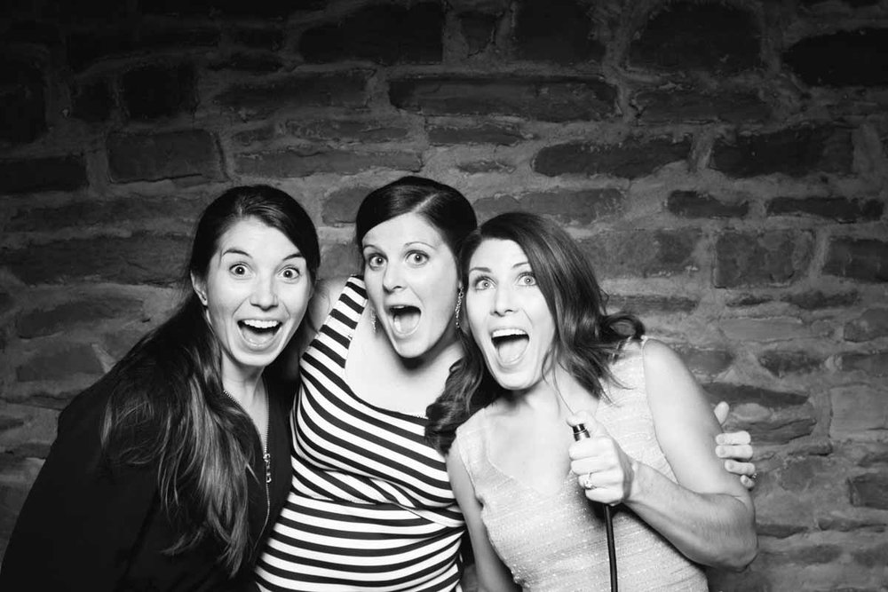 Heather-Mike-Barn-on-Bridge-Wedding-Photo-Booth_11.jpg