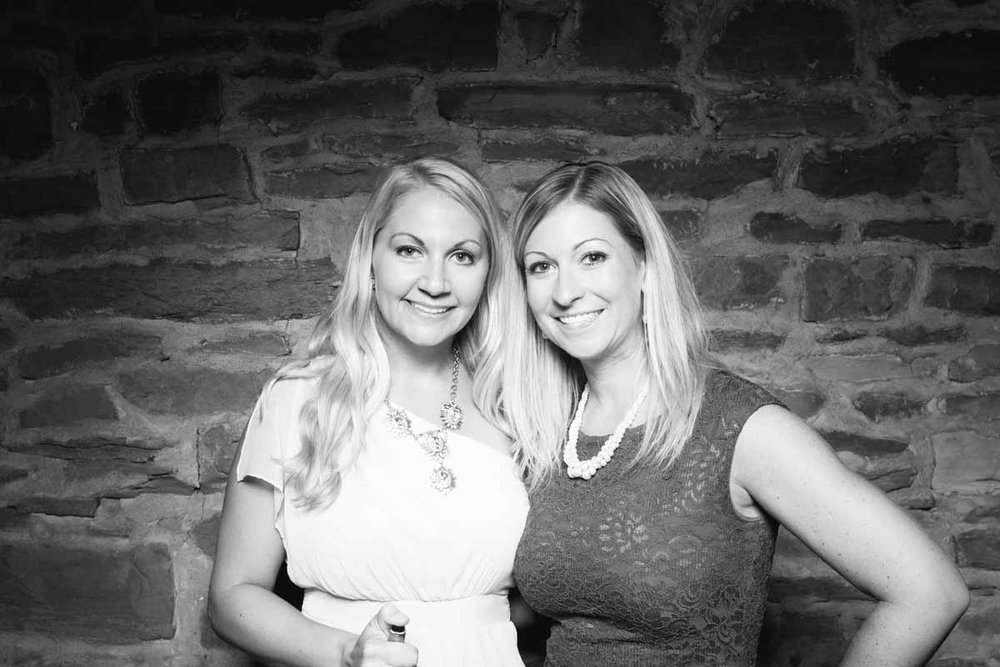 Heather-Mike-Barn-on-Bridge-Wedding-Photo-Booth_13.jpg