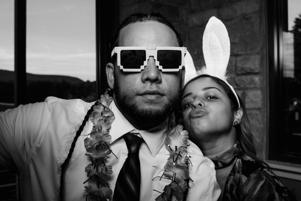 Vanessa-Jonathan-Wedding-Photo-Booth-17.jpg
