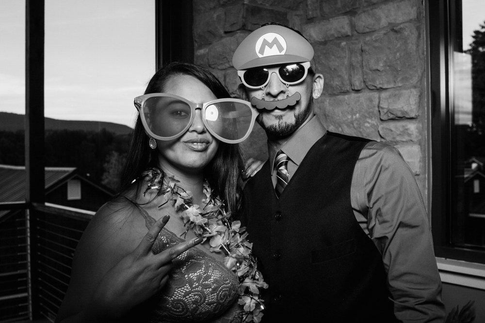 Vanessa-Jonathan-Wedding-Photo-Booth-27.jpg