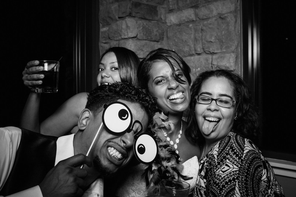 Vanessa-Jonathan-Wedding-Photo-Booth-130.jpg