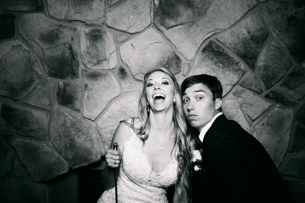 Jeanine-Sean-Wedding-Photo-Booth-9.jpg