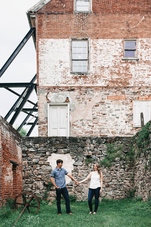 Jeanine-Sean-Bethlehem-Engagement-Justin-Heyes-Photography_3.jpg