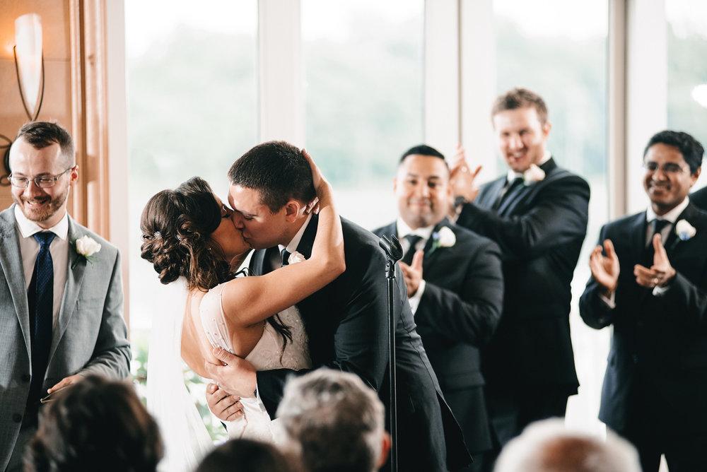 Caitlin-Andrew-Chesapeake-City-Wedding-Chesapeake-Inn-Justin-Heyes-Photography_157.jpg