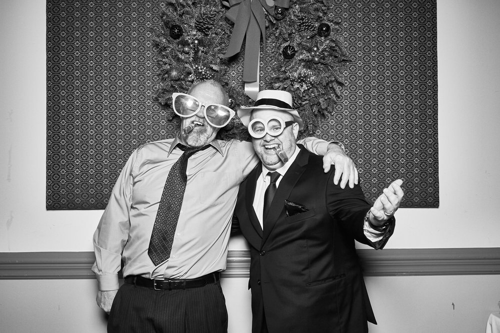 Alexa-James-Wedding-Photo-Booth976.jpg
