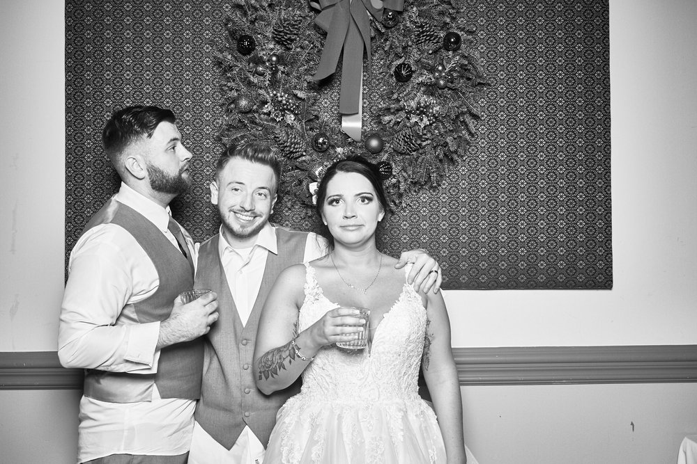 Alexa-James-Wedding-Photo-Booth982.jpg