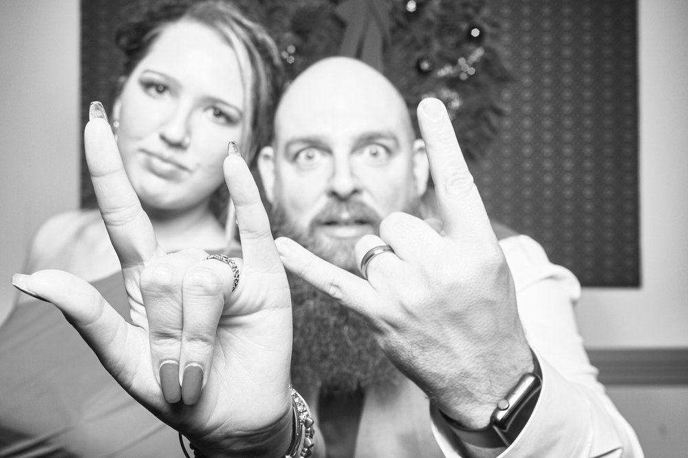Alexa-James-Wedding-Photo-Booth1001.jpg