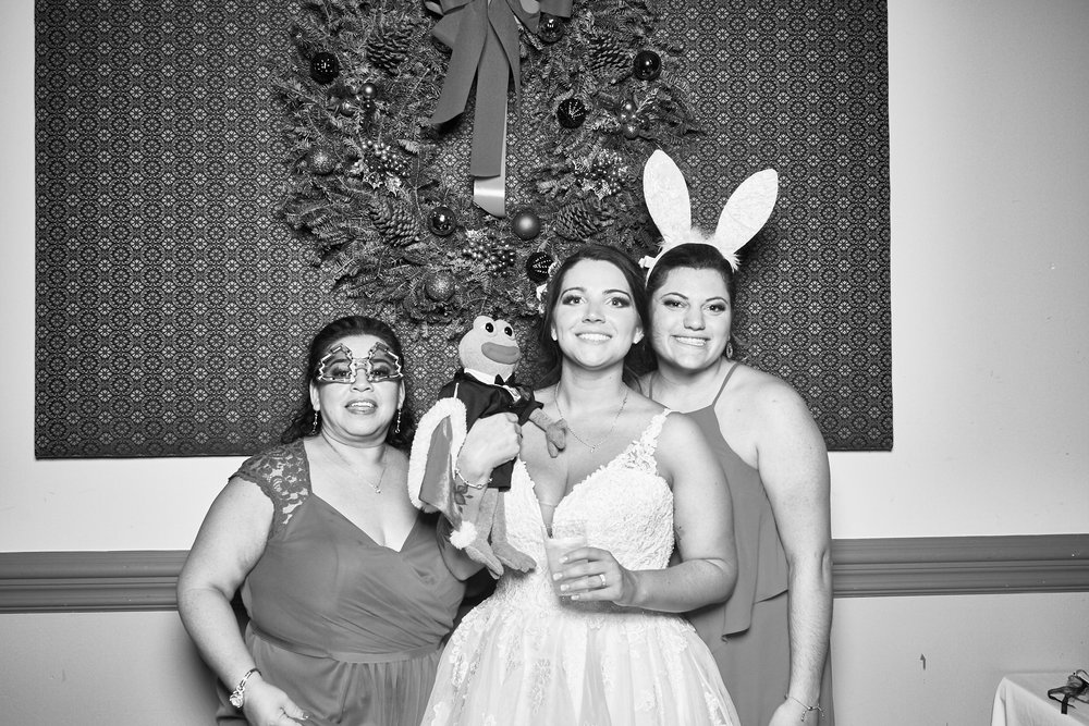 Alexa-James-Wedding-Photo-Booth1006.jpg