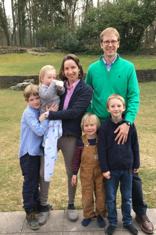 Phil and Nora Gelston with their children, Paul, Tommy, Johannes and Anna.
