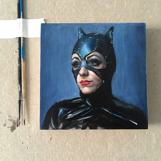 """5x5"""" Catwoman for the 5x5 show at @abendgallery swipe for a closeup #catwoman #dc #catwomancosplay #catwomancostume @mspussnboots #creative #detail #allaprima #brushstrokes #thickpaint #closeup #creativeuprising #instaart #instaartist #fineart #oilpainting #realism #traditionalart #contemporaryart #contemporaryrealism #wip"""