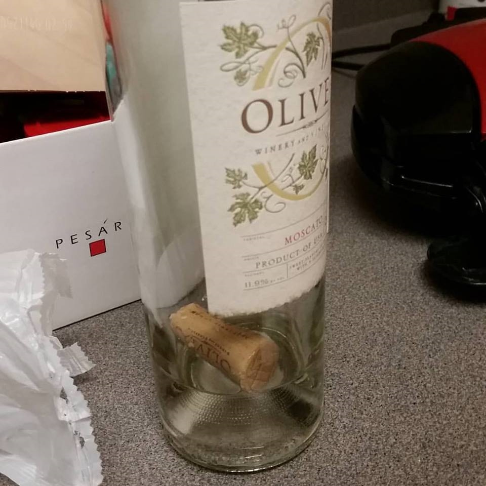 This is the last bottle of wine I had at my apartment... Which I opened after the wine opener and all tools had been packed!