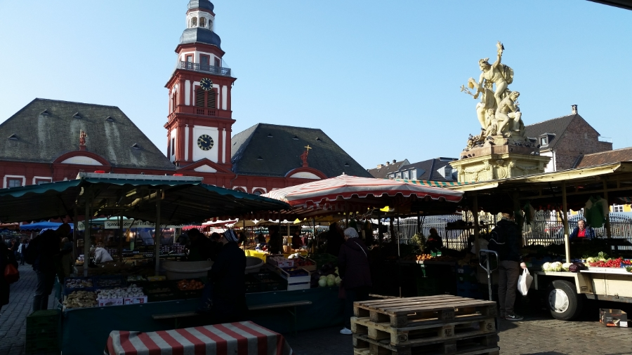 Saturday morning in Marktplatz