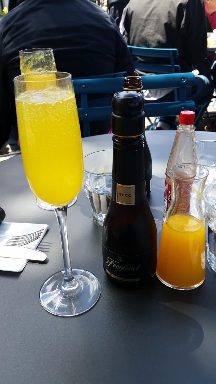 DIY Mimosas in Amsterdam