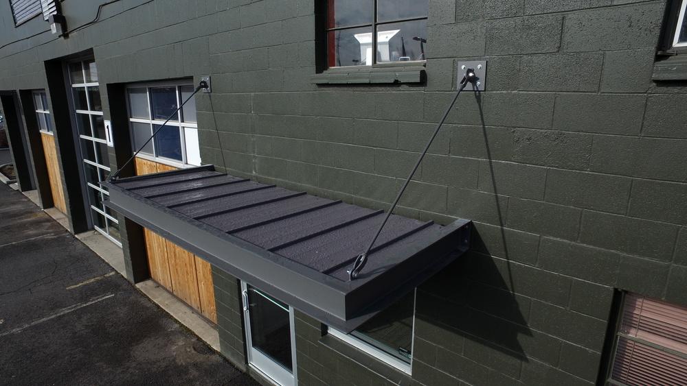 Aluminum Canopy - Toolbox.JPG & New Louvered Sunshade and Aluminum Canopy from Revolve Shading u2014 The ...