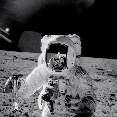 480px-Apollo12Visor.jpg