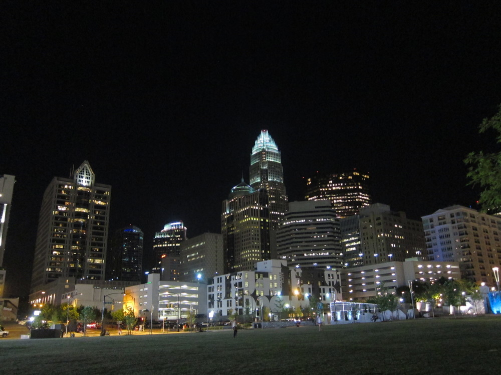 charlotte-nc-skyline-inthequeencity