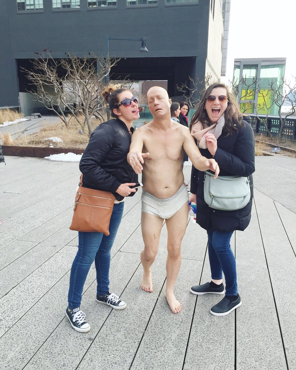 high-line-nyc-underwear-statue-art