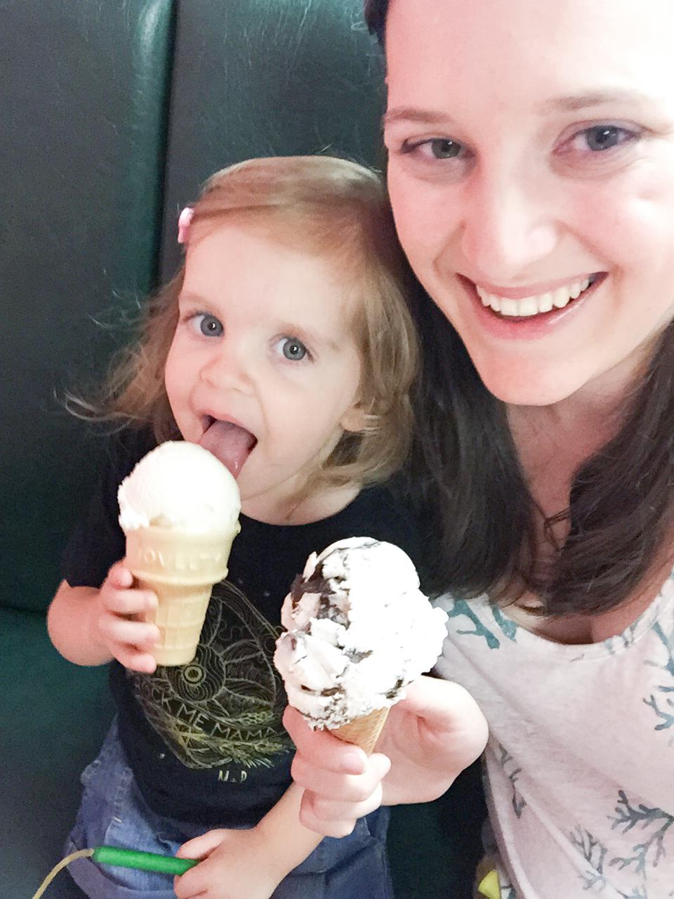 susas-ice-cream-harrisburg-nc-selfie