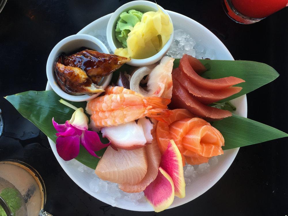 eez-fusion-sushi-huntersville-nc-chefs-deluxe-sashimi-mix