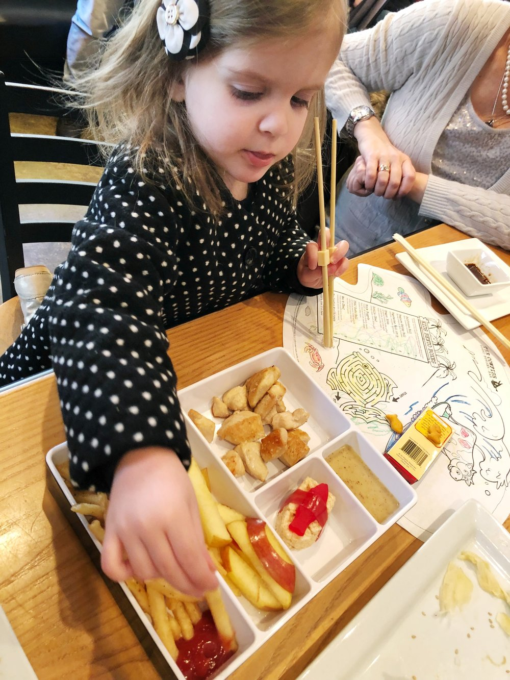 cowfish-charlotte-kids-bento-box