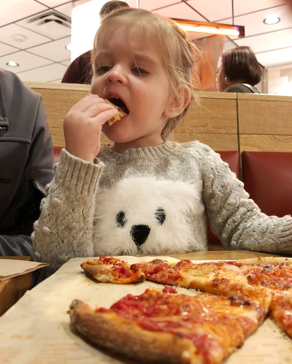 baby-eats-blaze-pizza