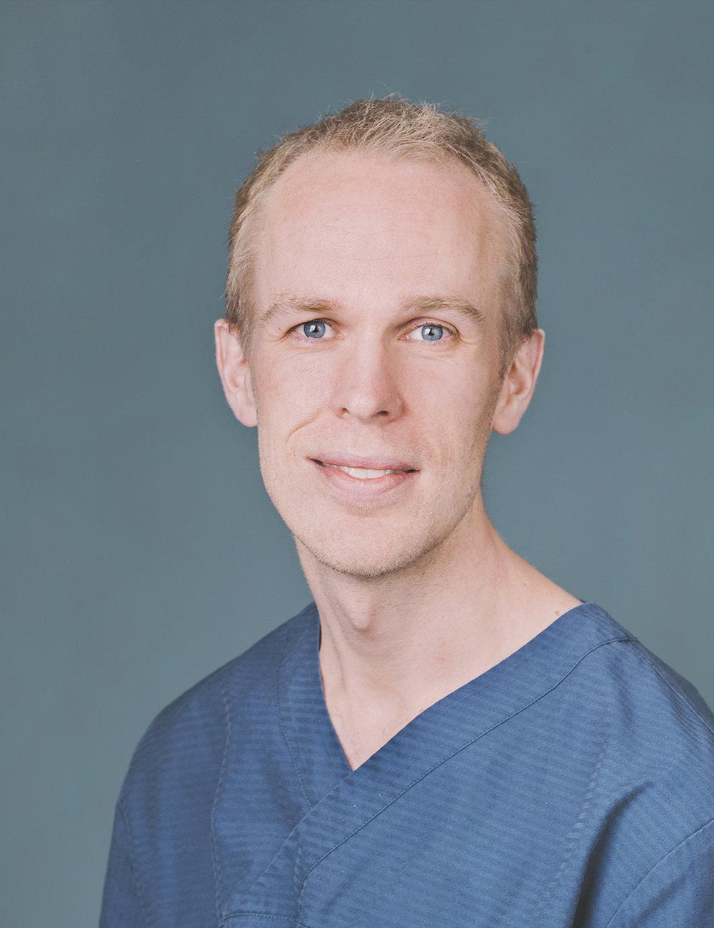 Tormod Krüger - OralkirurgUtdannet ved Universitetet i Oslo