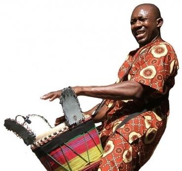 Amadou-drumming.jpg
