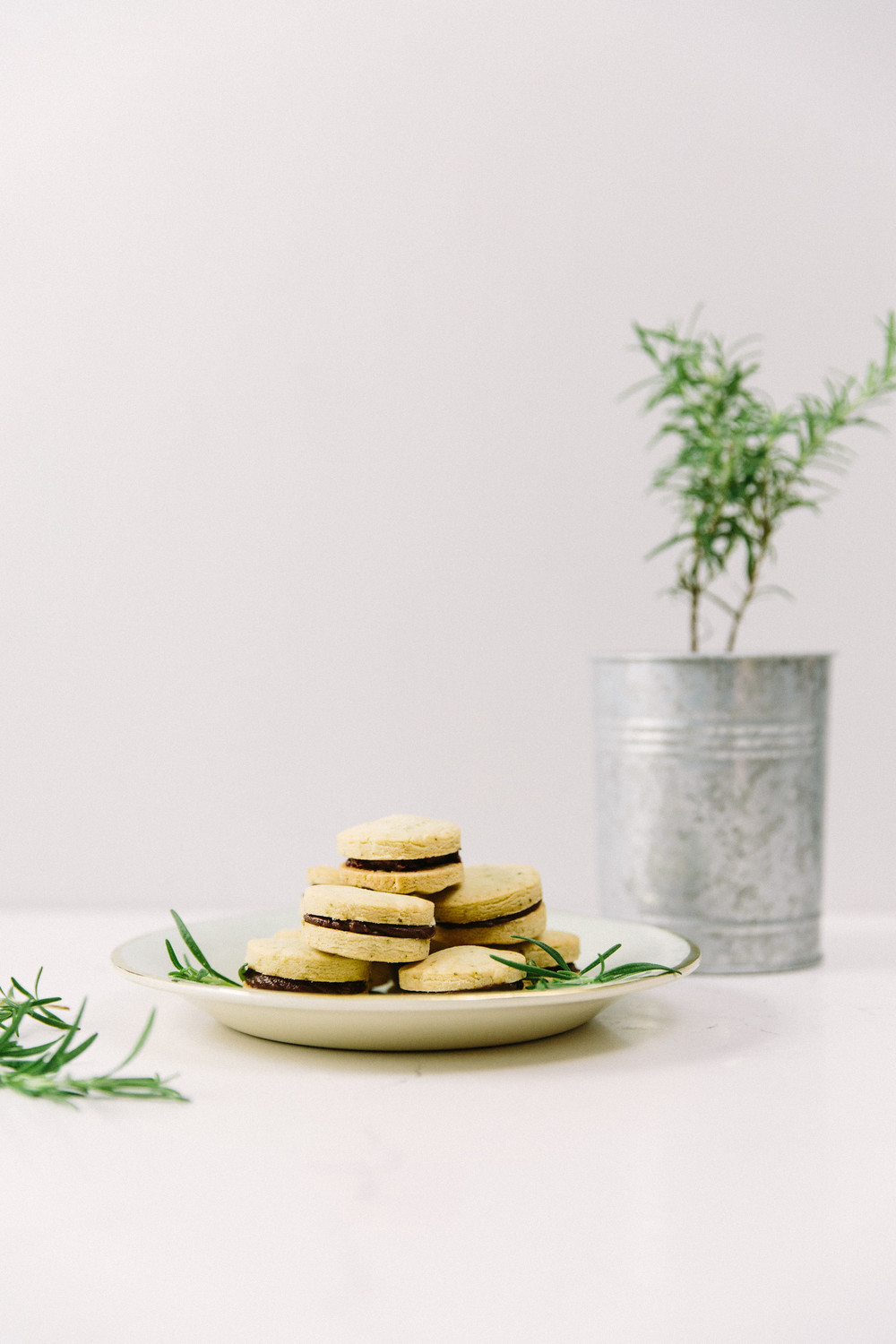 Rosemary Shortbread Cookie Sandwiches Honeysuckle
