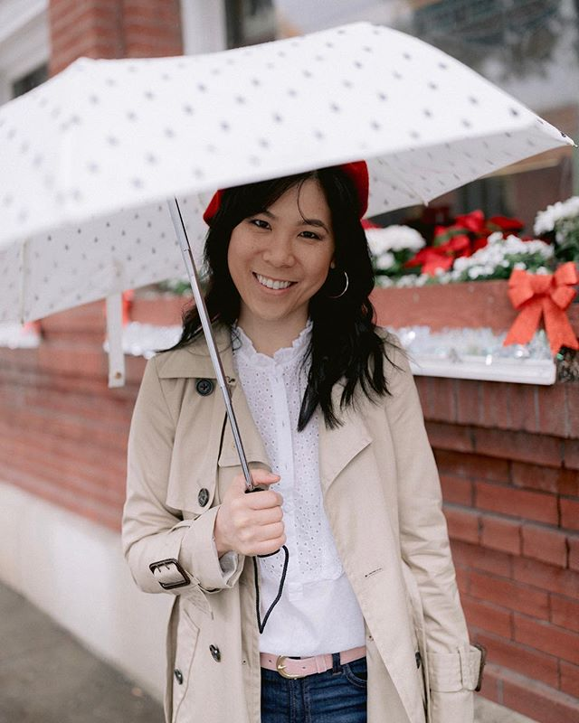 It's raining again and I LOOOVEE it!! ☔️ but only for a couple days 🤪double tap if you love the fresh smell of 🌧 #rainydayoutfit #bayarea