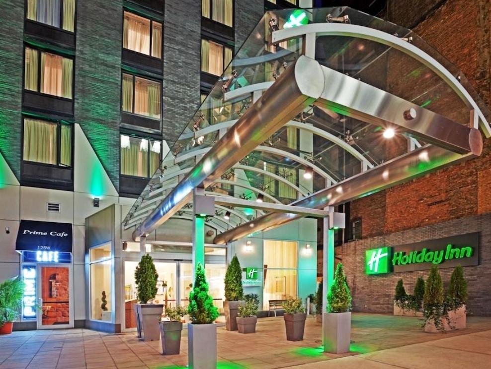 Holiday Inn - Стандартный номер:От $165 до $190 за ночь.(В зависимости от сезона)Район: Челси