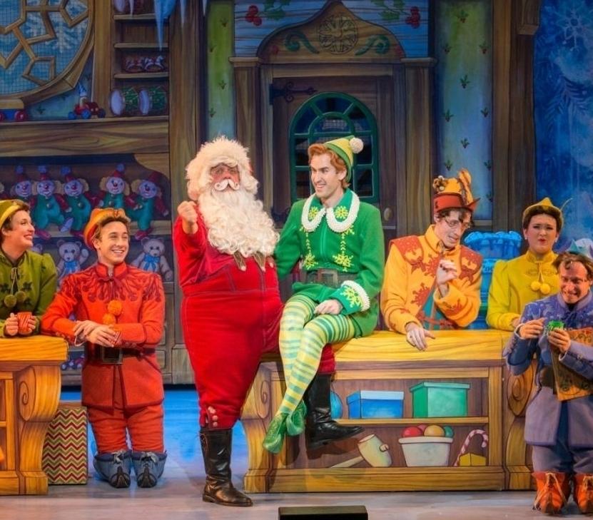 ELF Мюзикл - 13 Декабря 2017 - 29 Декабря 2017Традиционный Рождественский мюзикл Нью-Йорка - веселая история о захватывающих приключениях мальчика - сироты, который забрался в мешок Санта Клауса. Он отправляется в путешествие на Северный полюс и долгое время верит, что он гном. Однако, обнаружив свои нестандартные для гномов размеры, принимает решение вернуться в Нью-Йорк и узнать - кто же он на самом деле...