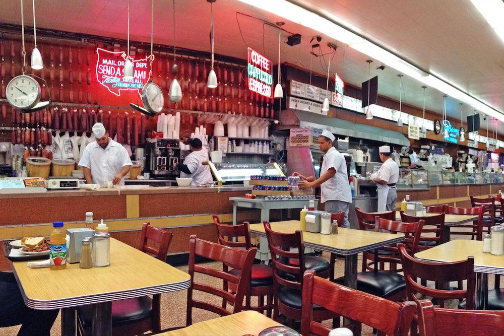 Katz's Deli - 205 E Houston St, New York, NY 10002