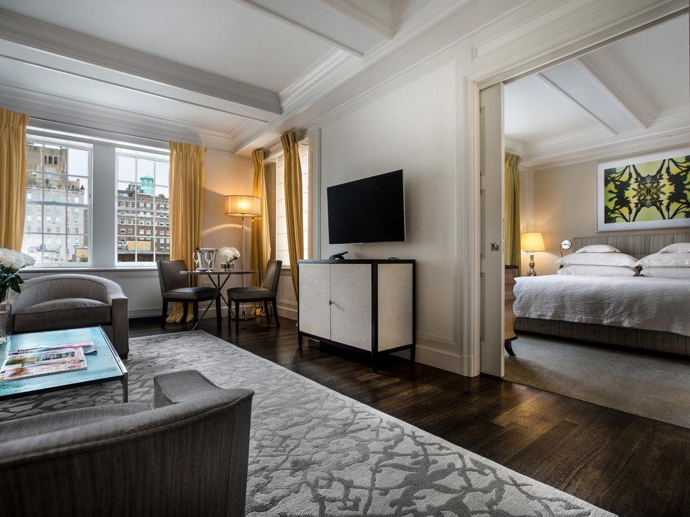 The Mark New York - Стандартный номер:От $350 до $775 за ночь.(В зависимости от сезона)Район: Верхний Ист-Сайд