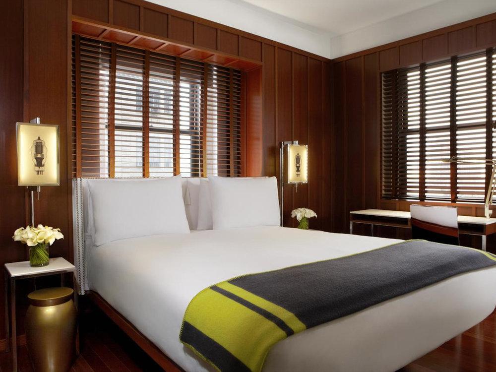 Hudson Hotel ✩✩✩ - Стандартный номер:От $120 за ночь(В зависимости от сезона)Район: Columbus Circle