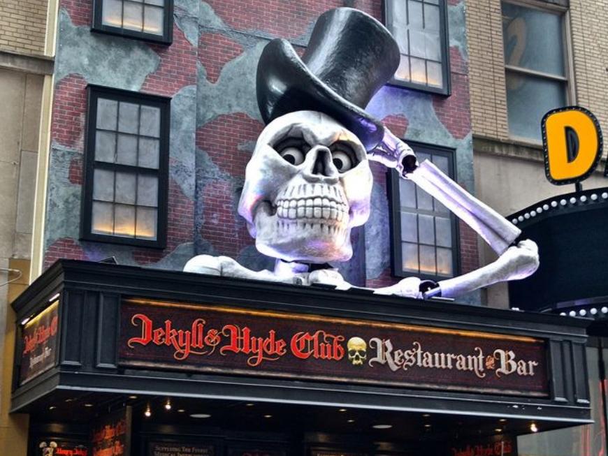 Jekyll and Hyde - 91 7th Ave S, New York, NY 10014