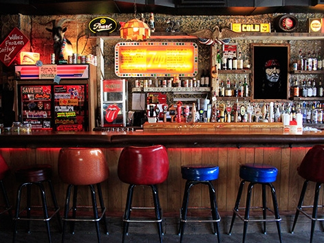 Skinny Dennis - 152 Metropolitan Ave, Brooklyn, NY 11211
