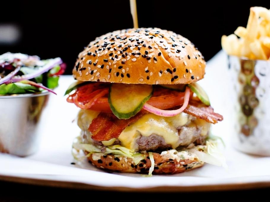 Burger & Lobster - 39 W 19th St, New York, NY 10011, USA