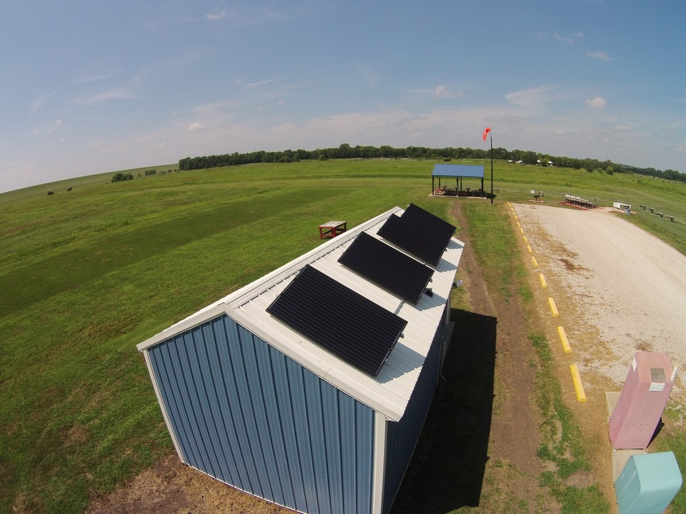 Commercial solar array © 2015 Cromwell Environmental