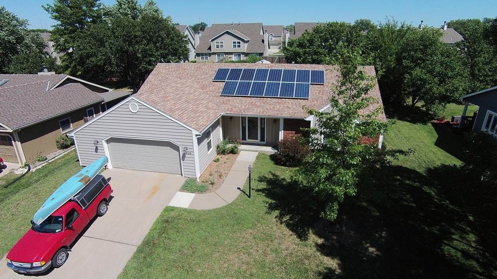 Residential solar array © 2015 Cromwell Environmental