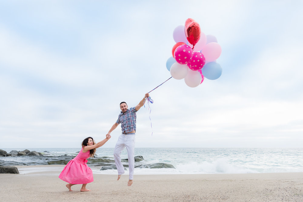 aliso_beach_engagement_session_ballons_colorful_fun (2).jpg
