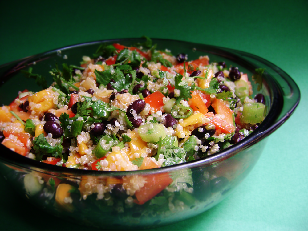 Quinoa,_Black_Bean,_and_Mango_Salad.png