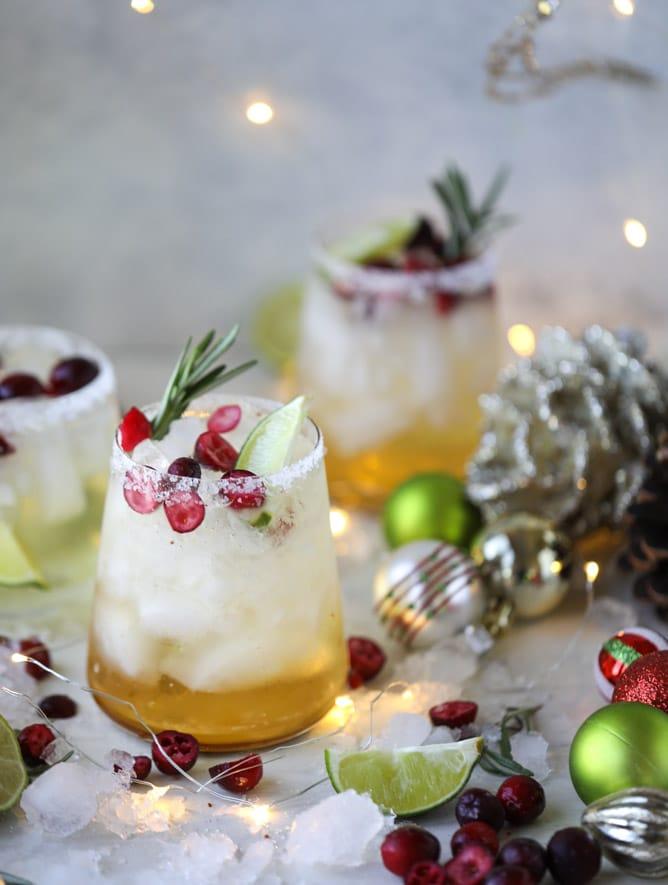 mistletoe-margaritas-I-howsweeteats.com-9.jpg