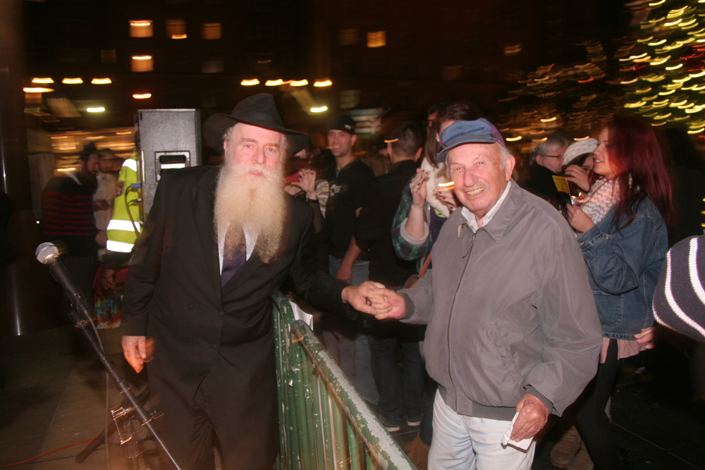 Menorah Lighting 2012 1275.jpg