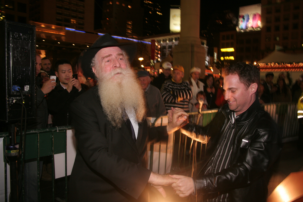 Menorah Lighting 2012 1297 - Copy.jpg