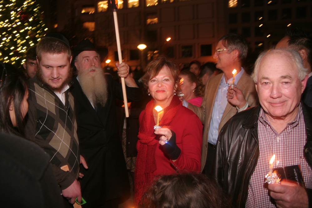 Menorah Lighting 2012 1302 - Copy.jpg