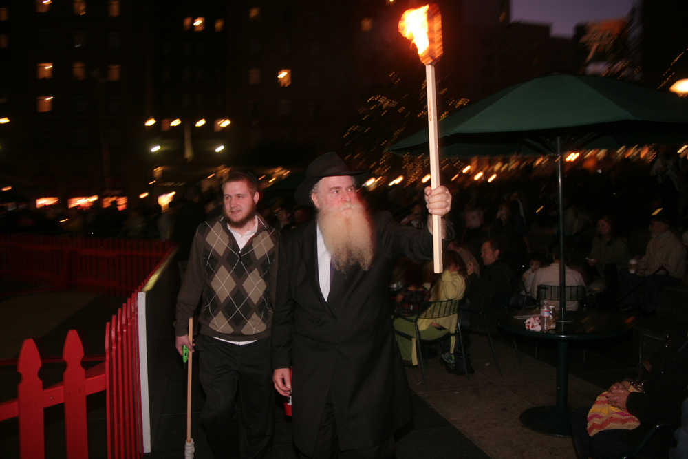 Menorah Lighting 2012 1342.jpg